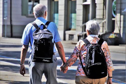 2015年から2045年の間に約110万人も増加!? 東京都で深刻な高齢者の増加