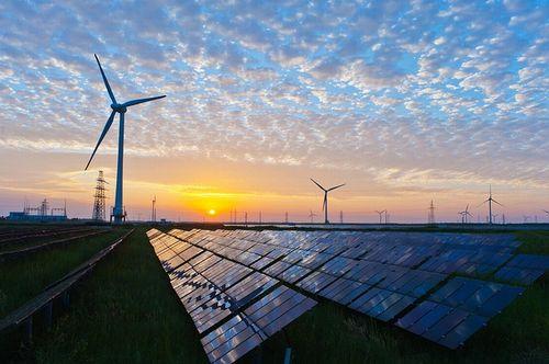 日本の新しい現実:「発電の主力は再エネ、その変動にあわせて火力を炊く」時代へ