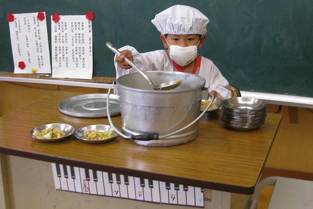 「地場産の学校給食を」~富山県入善町の取り組み